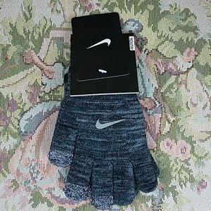 Kid's Nike Tech Gloves